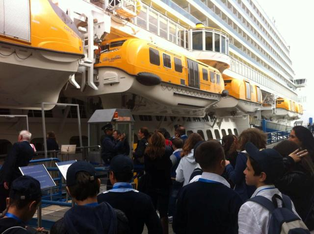 La Scuola va bordo